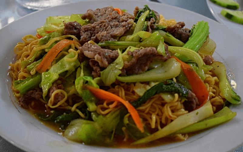 Kuchnia wietnamska - danie.